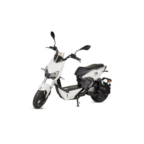 Scooter matriculable ciclomotor eléctrico